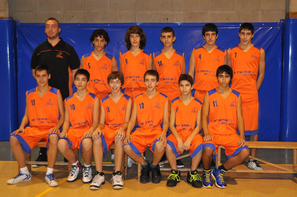 08-equip infantil masculí CBB 1999